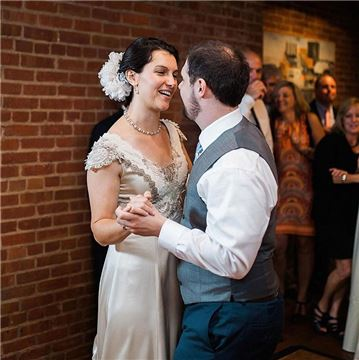 Henderson's Wharf Bride and Groom Dance