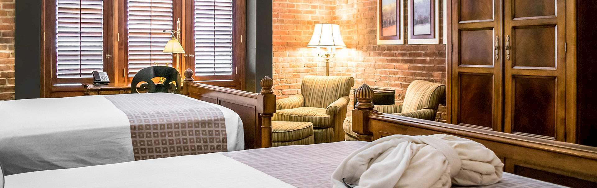 Rooms in Inn at Henderson's Wharf Baltimore, Maryland