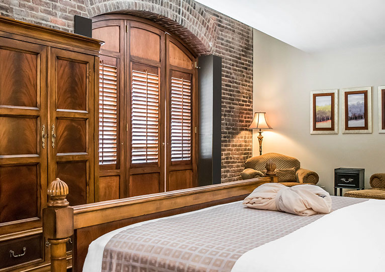 King Bed Harbor View Room at Inn at Henderson's Wharf Baltimore, Maryland